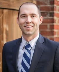 Agente de seguros Brett Veasey