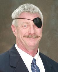 Agente de seguros Lew Bradley Jr