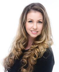 Insurance Agent Amanda Froebe