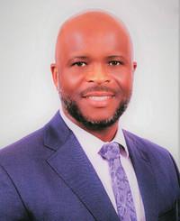 Agente de seguros Kofi Thomas Amet