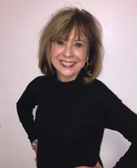 Agente de seguros Joan Kight-Piercy