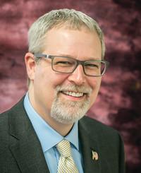 Agente de seguros Brian Gibbs