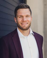 Agente de seguros Brady Paxman