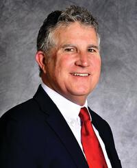 Agente de seguros John Kasak