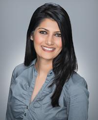 Agente de seguros Mina Gill