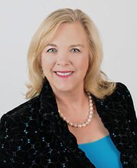 Insurance Agent Linda Rowe