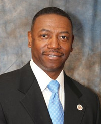 Agente de seguros Josh Davis
