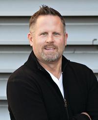 Agente de seguros Kevin Curtis