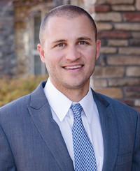 Agente de seguros Travis Rodgers