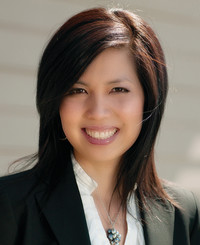 Insurance Agent Kelly Trinh