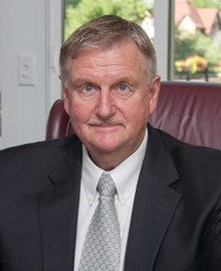 Insurance Agent Lee Lancaster