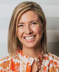 Agente de seguros Sara Freund