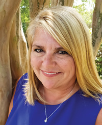 Insurance Agent Bridgette Hearne