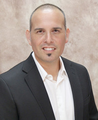 Insurance Agent Jason Reyes