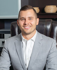Insurance Agent Brandon Baxter