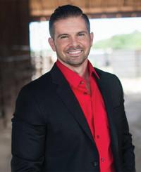 Insurance Agent Justin Carlton