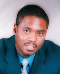 Agente de seguros Charles McGhee