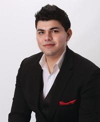 Insurance Agent Irvin Gutierrez