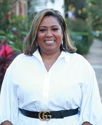 Agente de seguros Ramona Deculus