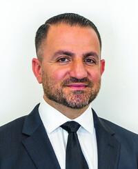 Insurance Agent Alex Amzoyan