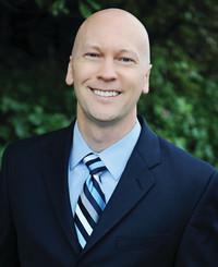 Agente de seguros Scott Kizer