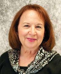 Agente de seguros Claron Salter-Clark
