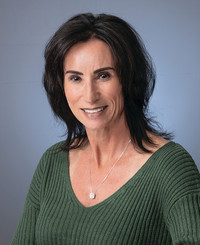 Insurance Agent Lisa Prentiss