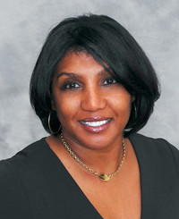 Agent Photo Angela Holloway