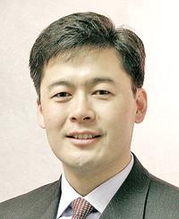Insurance Agent Masato Tani