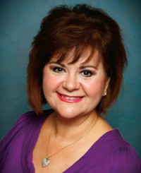 Insurance Agent Rosie Cisneros