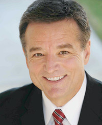 Agente de seguros Larry Evins
