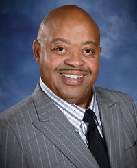 Agente de seguros Vince Davis