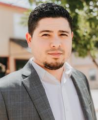 Agente de seguros Steven Garza