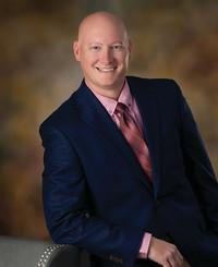 Agente de seguros Josh Shoop