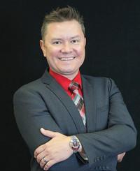 Agente de seguros Mark Hileman