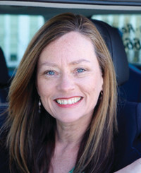 Agente de seguros Lisa Elkins-Reuter