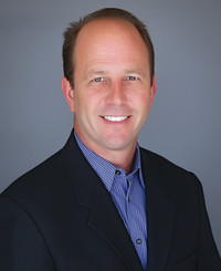 Insurance Agent Martin Gutierres