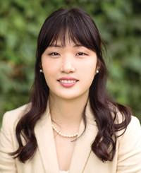 Insurance Agent Tina Choi