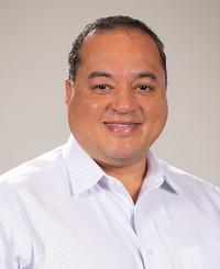 Agente de seguros Raymond Holden