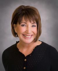 Agente de seguros Becky DelaCruz
