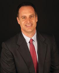 Agente de seguros Chuck Hall