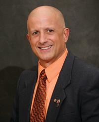Agente de seguros Paul Spera