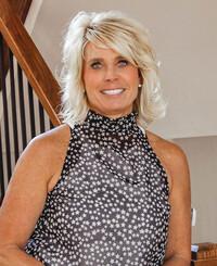 Insurance Agent Charlotte Speer