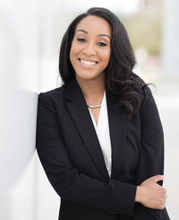 Agente de seguros Tamara Thompson