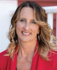 Insurance Agent Lori Mullen