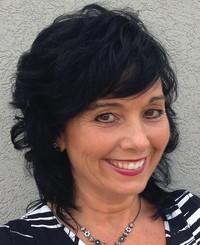 Insurance Agent Tina Saracino