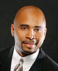 Agente de seguros Victor Mason