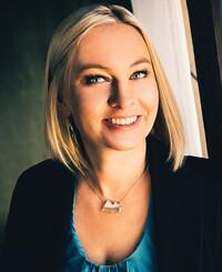 Insurance Agent Jenni King