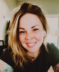 Agente de seguros Allison Kara