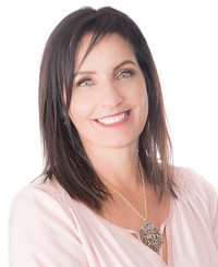 Insurance Agent Christine Lunn